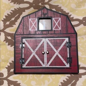 Cute barn picture frame
